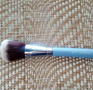 SIGMA 'Large Powder' BrushSOLD ON  TITLE